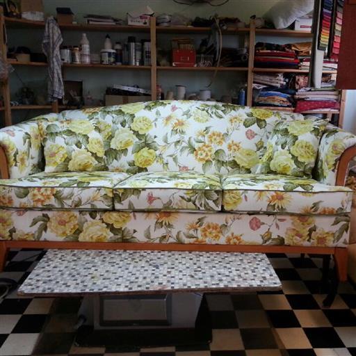 Omklädsel soffa