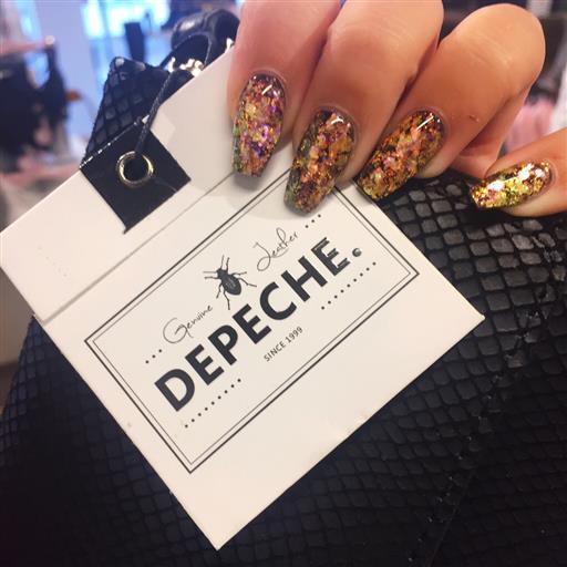Depeche.