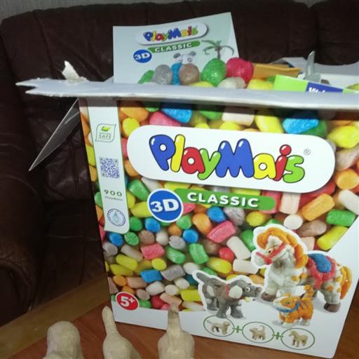 3 D box med  PlayMais