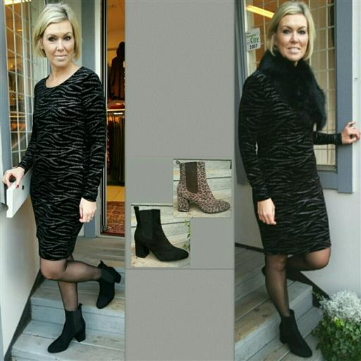 Sammets klänning från 2-biz