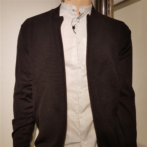Skjorta med kinakrage