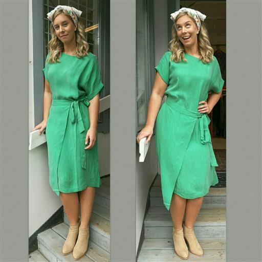 Tencel klänning från Summum