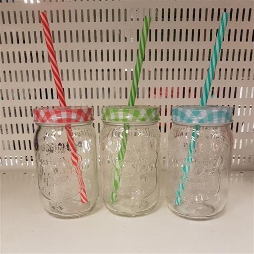 Dryckesburkar i glas