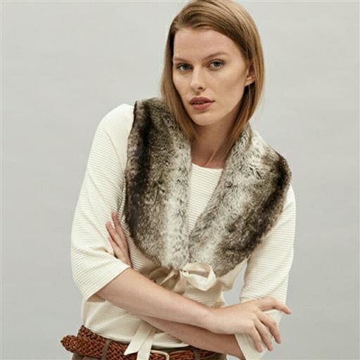 Fur collar från Newhouse