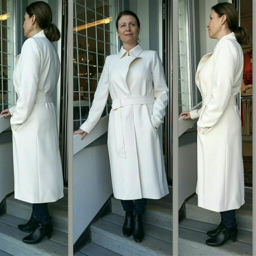 Cagney belted coat från Inwear