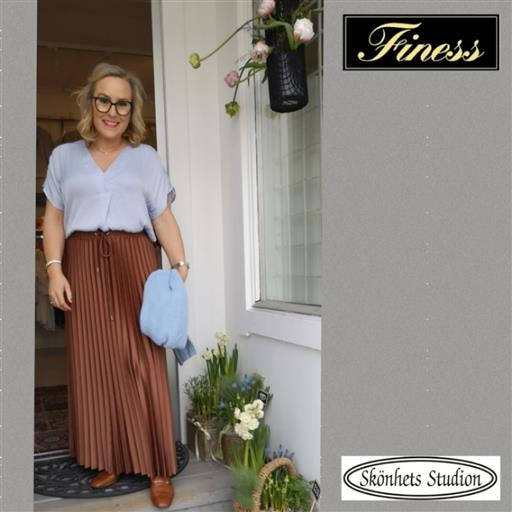Plisserad kjol från Inwear