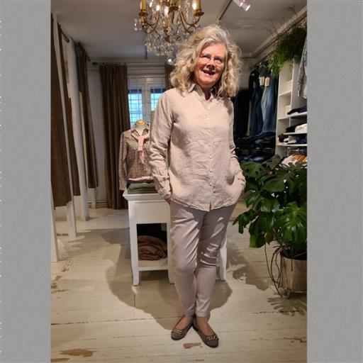 Elsa linneskjorta från Newhouse