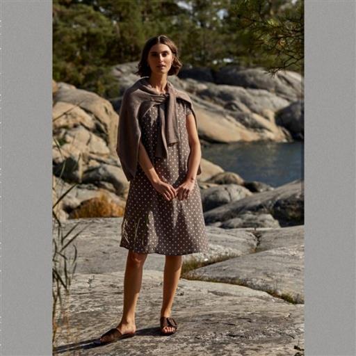 Julia dot dress från Newhouse